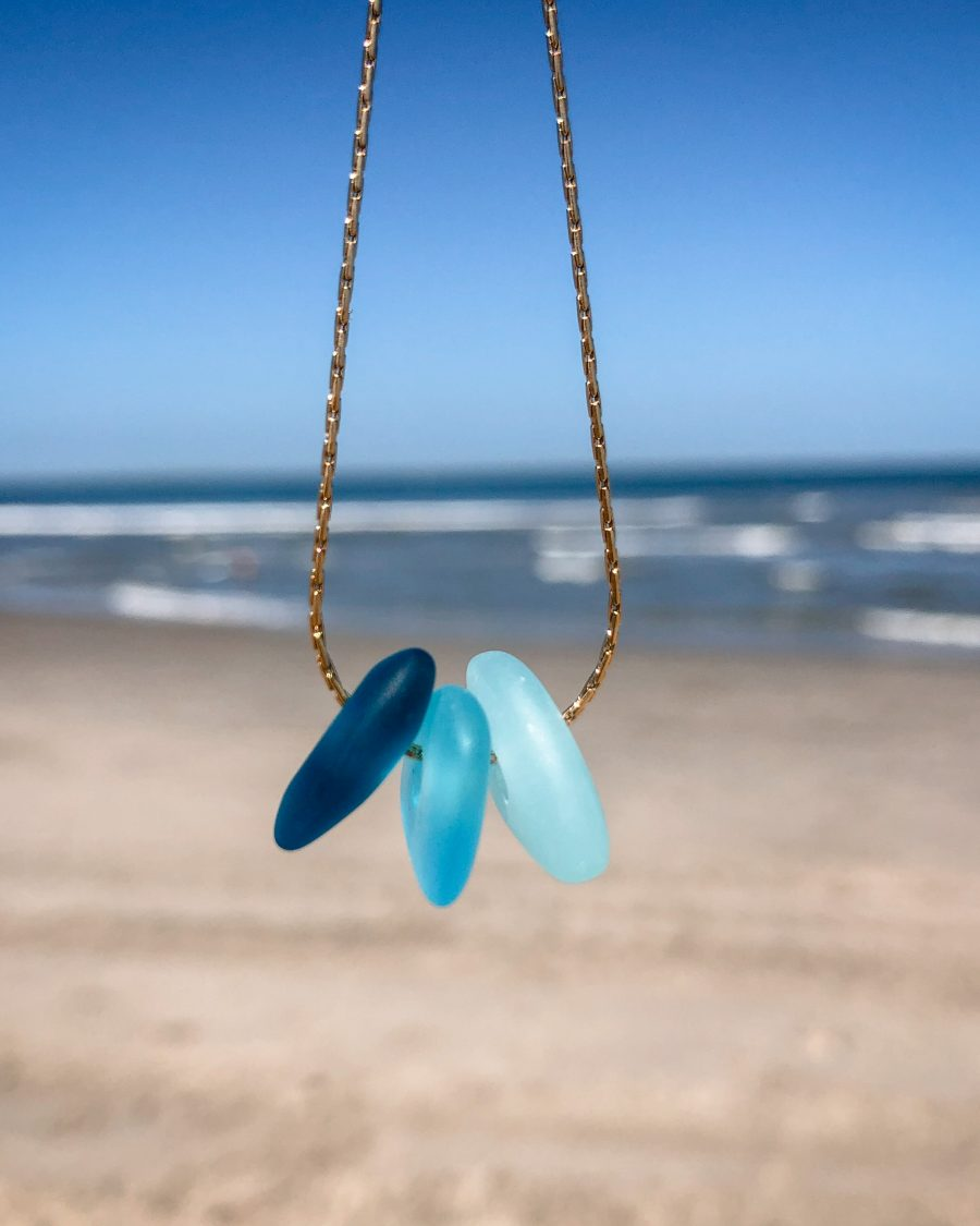 zeeglas-ketting-goud-driekleur-blauw