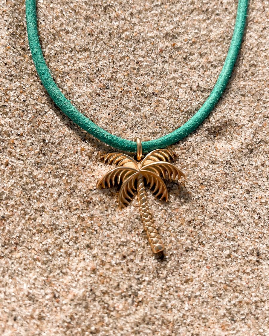 wander-palmboom-ketting-goud-zand
